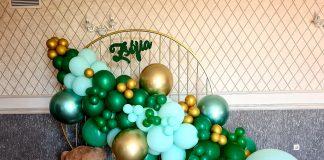 Agentie nunta Oradea colt foto cu baloane